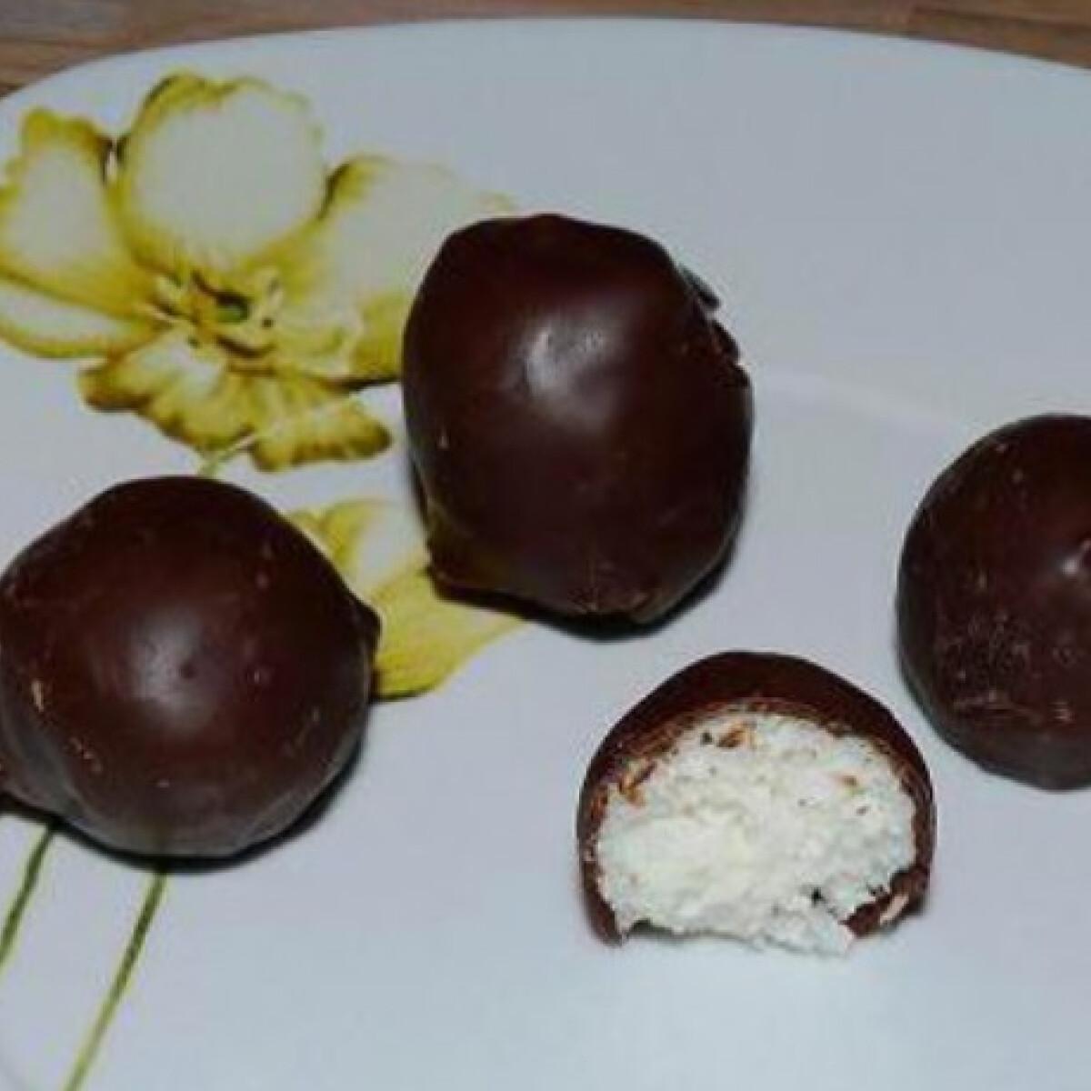 Csokis-kókuszos túrógolyók
