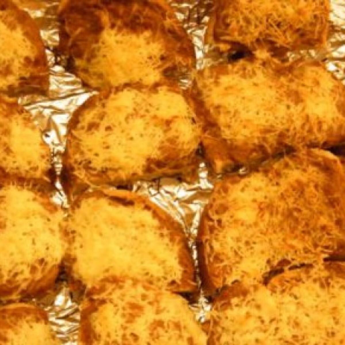 Ezen a képen: Melegszendvics somirita konyhájából