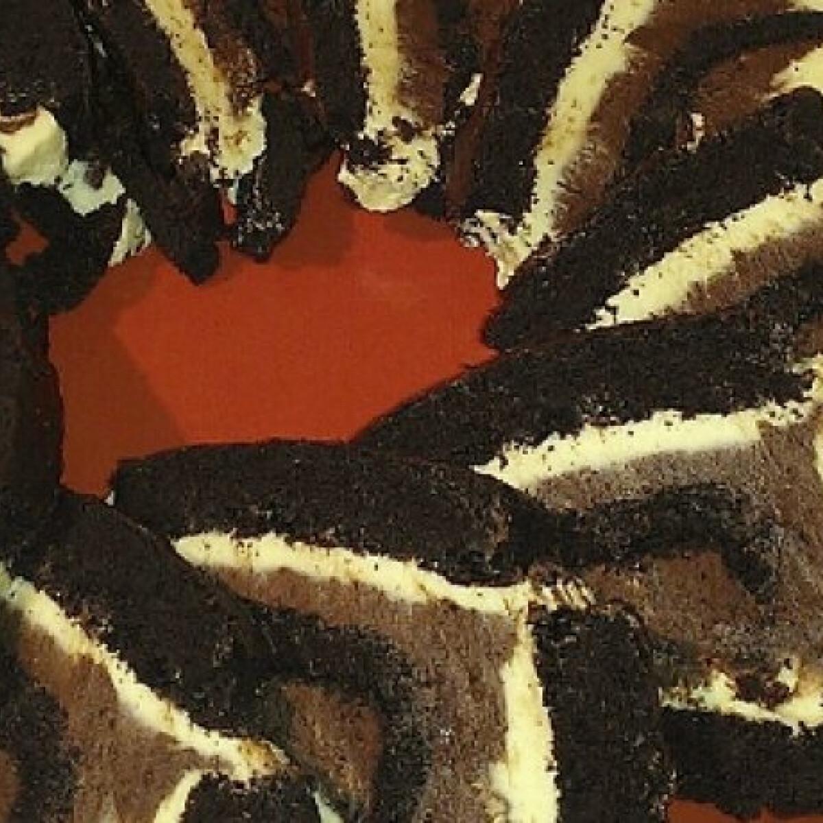 Ezen a képen: Vaníliás krémmel töltött kakaós sütemény