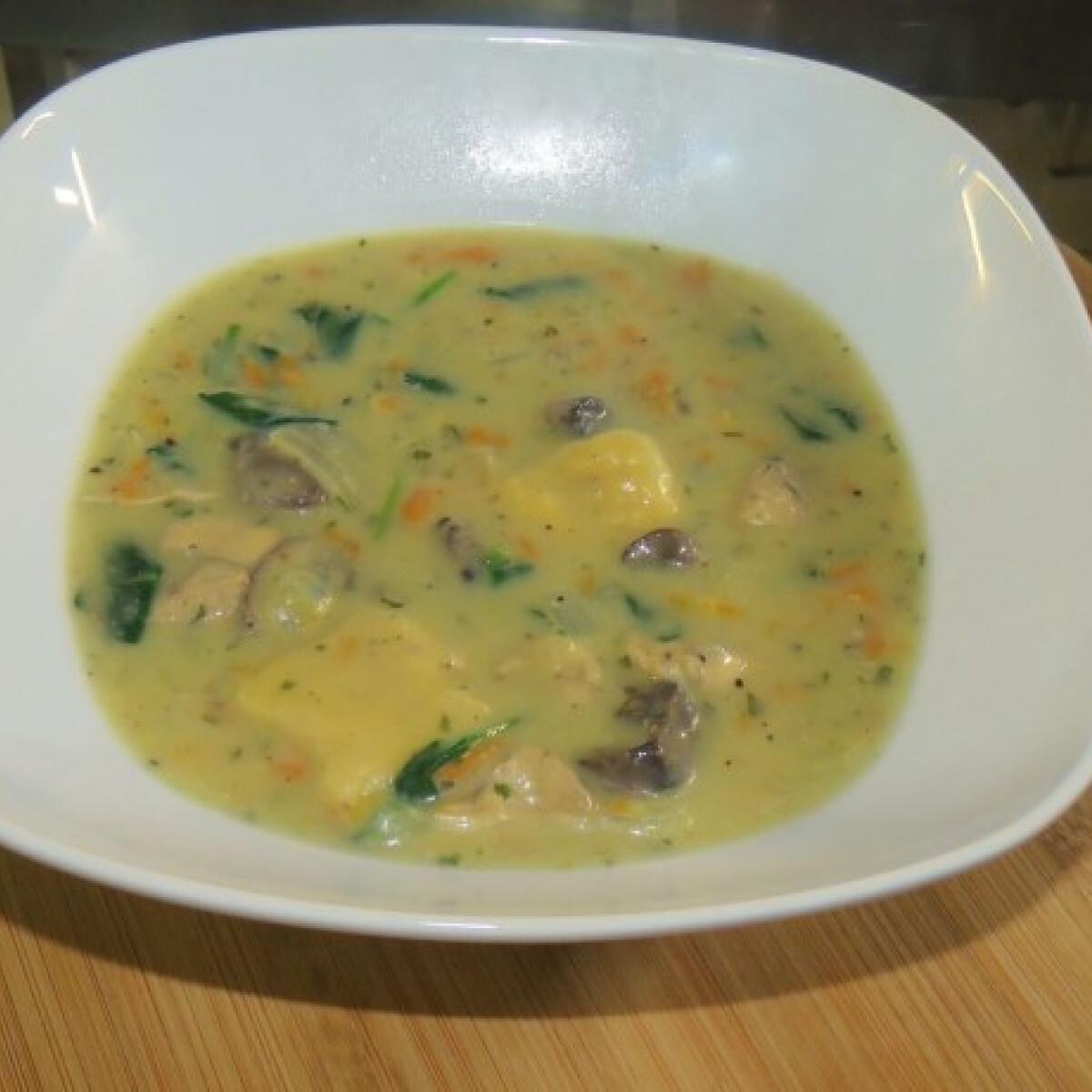 Zöldséges gnocchi leves