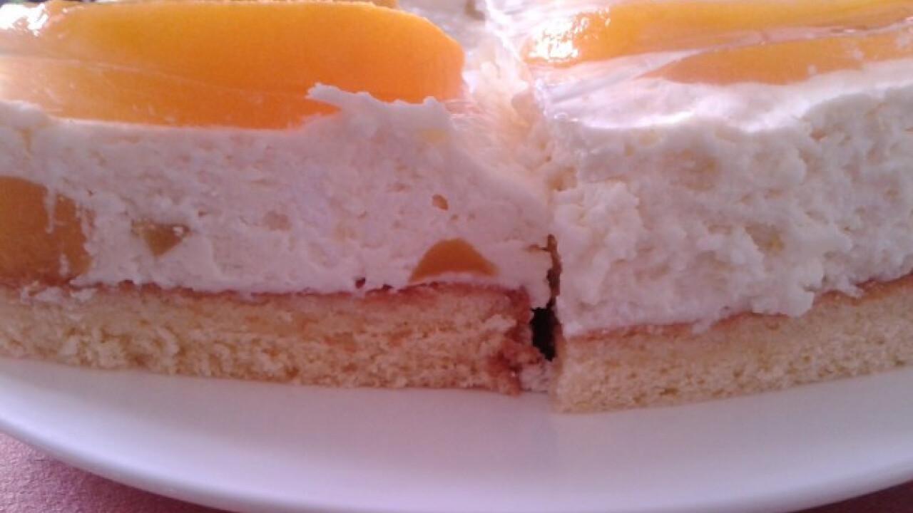 Barackos-vaníliás-túrós sütemény