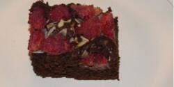 Csokis-kókuszos-málnás süti