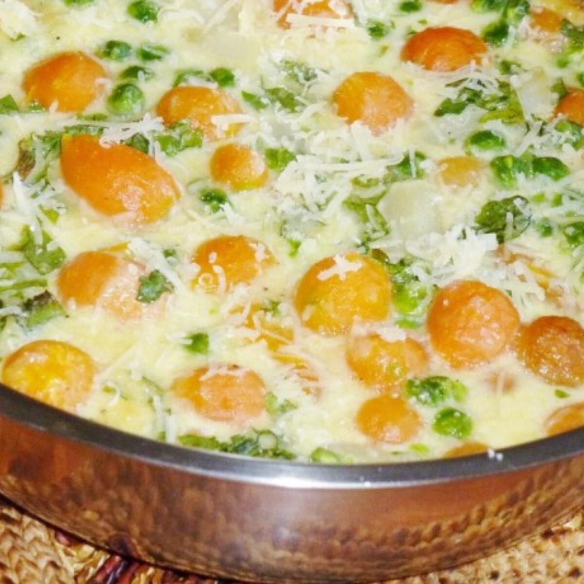 Tejszínes-sajtos zöldségomlett csőben sütve