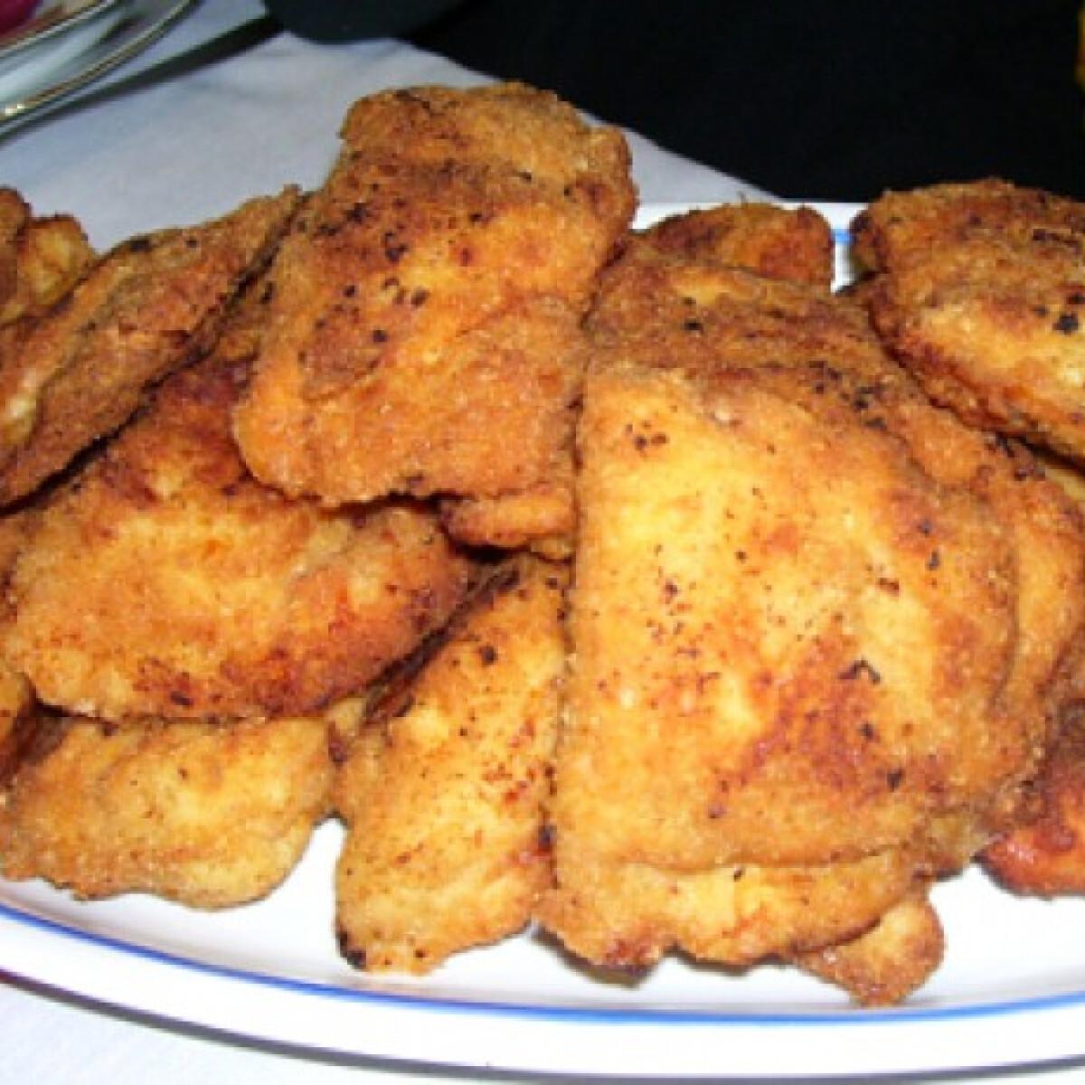 Ezen a képen: Betyáros csirke
