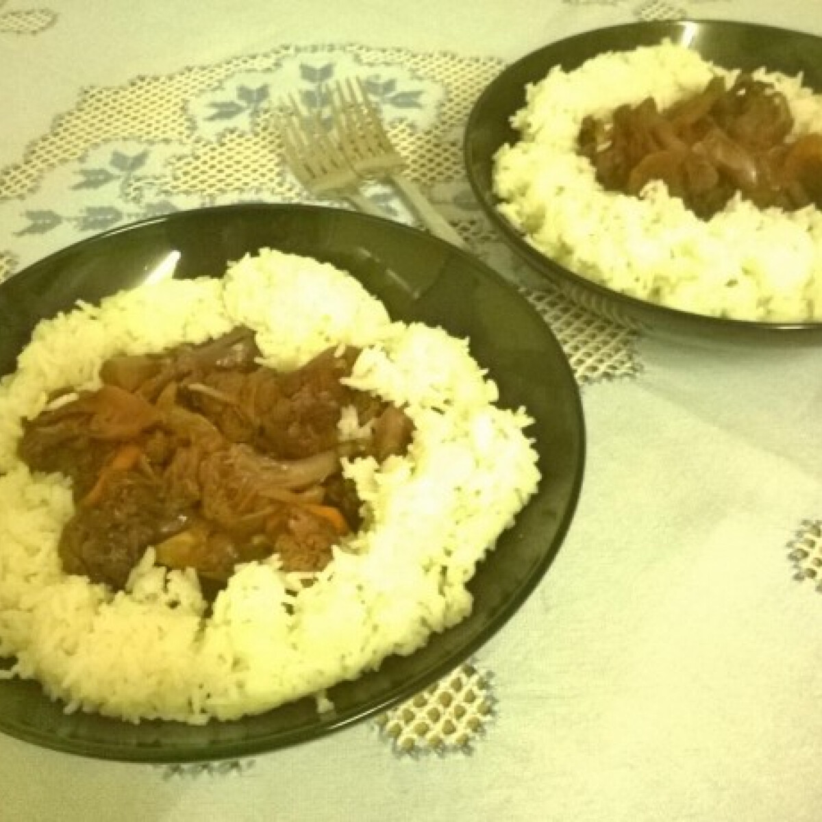 Ezen a képen: Karfiolpörkölt rizzsel