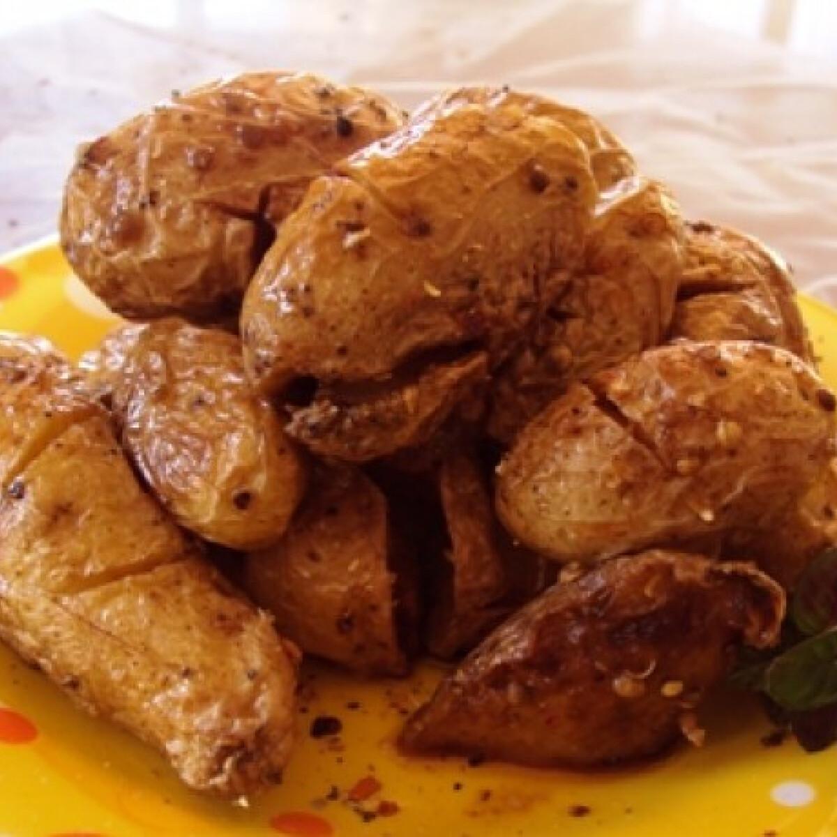 Ezen a képen: Dobált krumpli