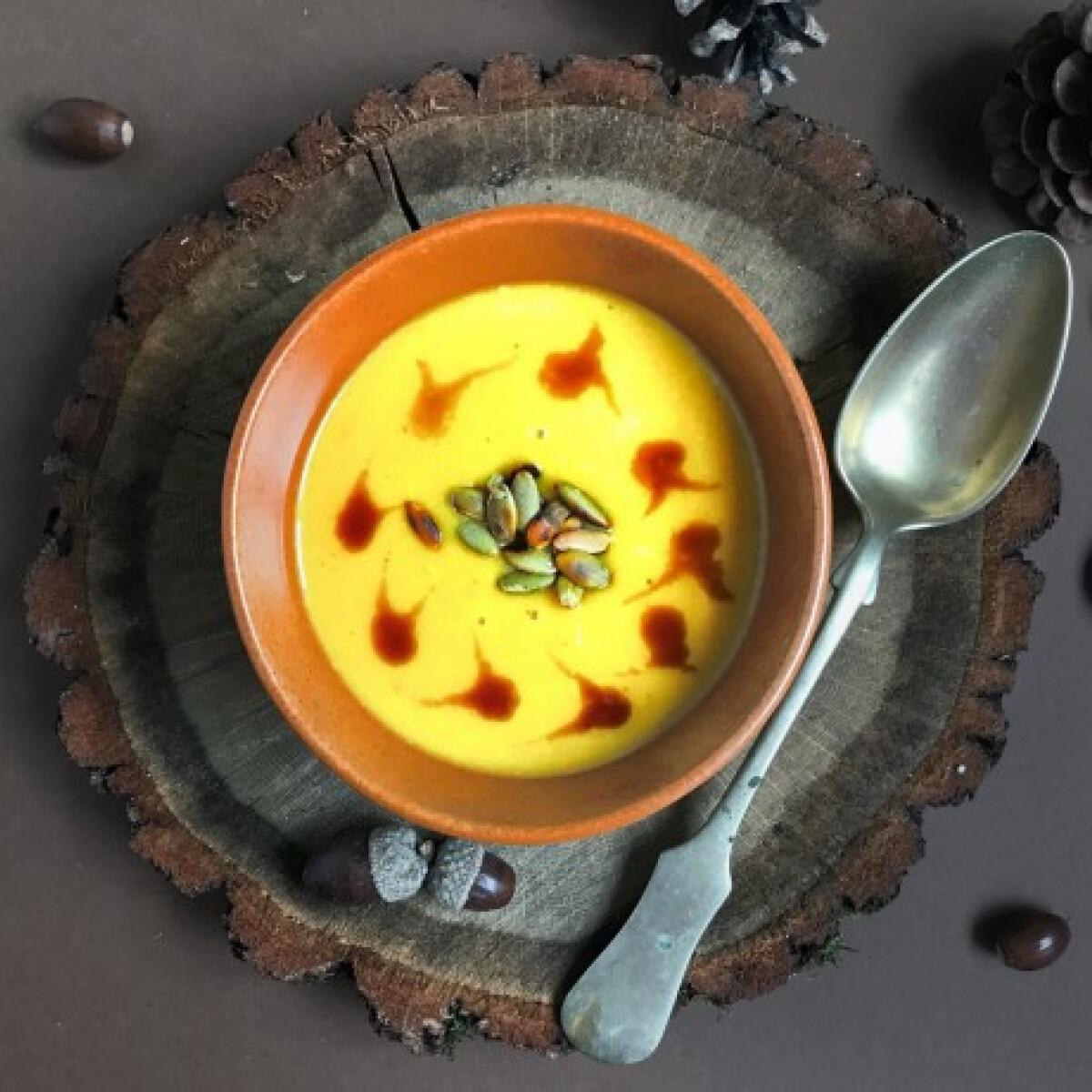 Ezen a képen: Sütőtökkrémleves timu konyhájából