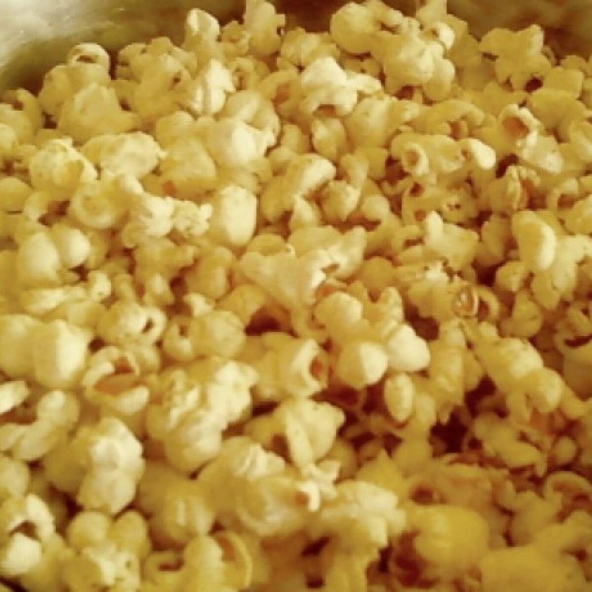 Ezen a képen: Vajas popcorn