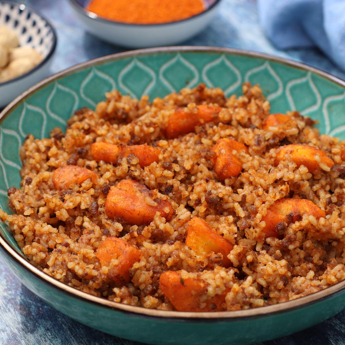 Ezen a képen: Nyugat-afrikai rizses hús