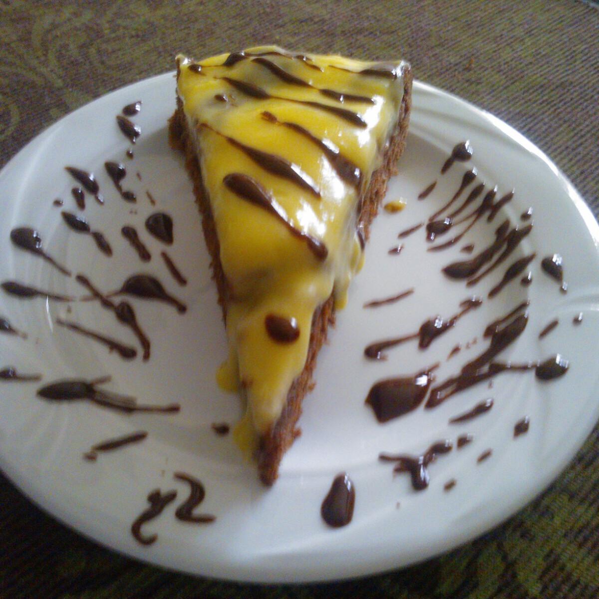Ezen a képen: Csokis-körtés torta