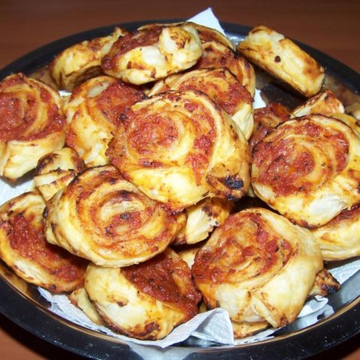 Ezen a képen: Pizzás csiga