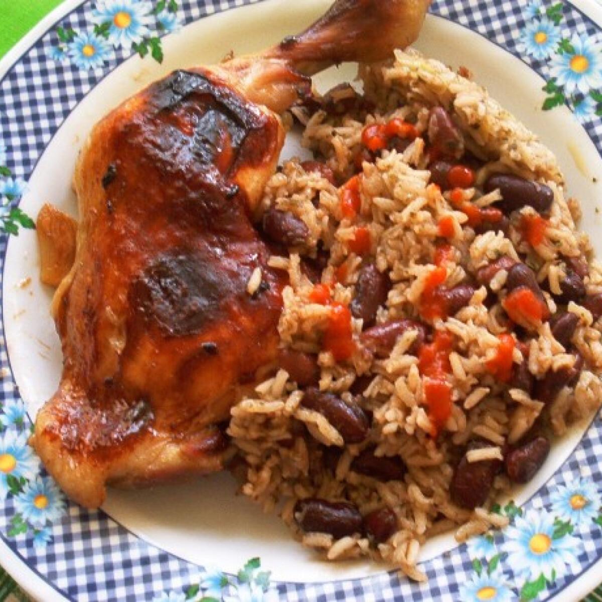 Ezen a képen: Pekingi csirke babos rizzsel