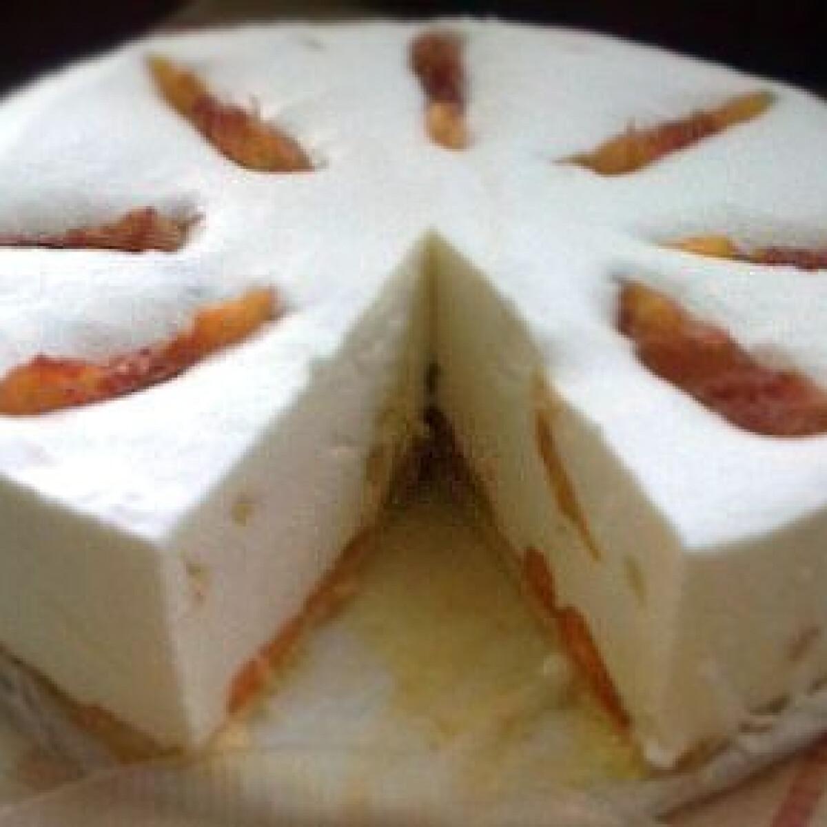 Ezen a képen: Őszibarackos joghurttorta - élesztős tésztával