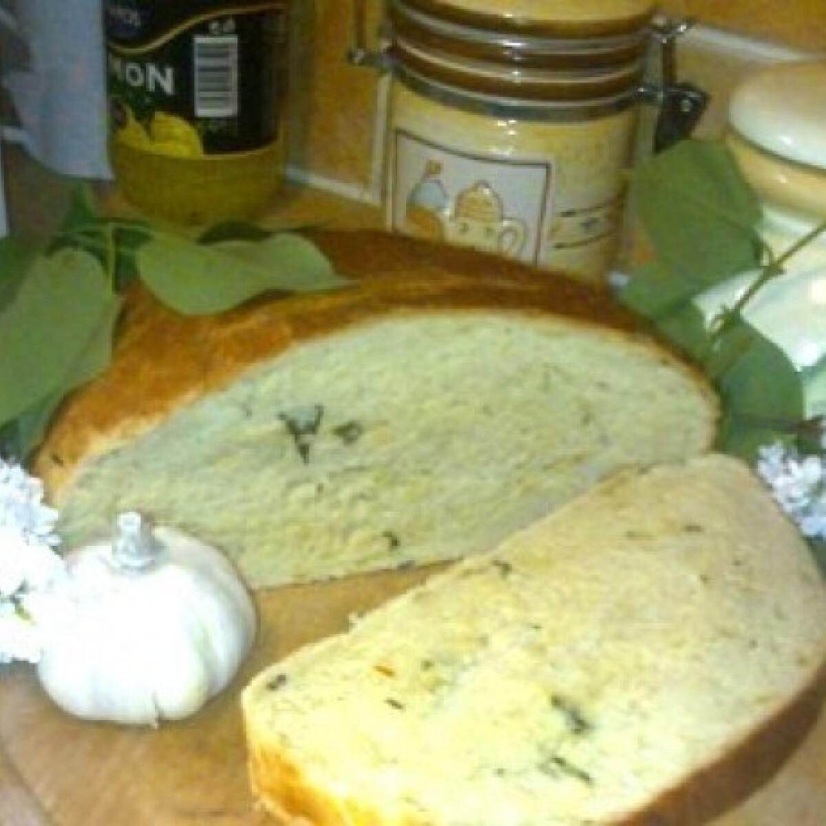 Ezen a képen: Fokhagymás kenyér