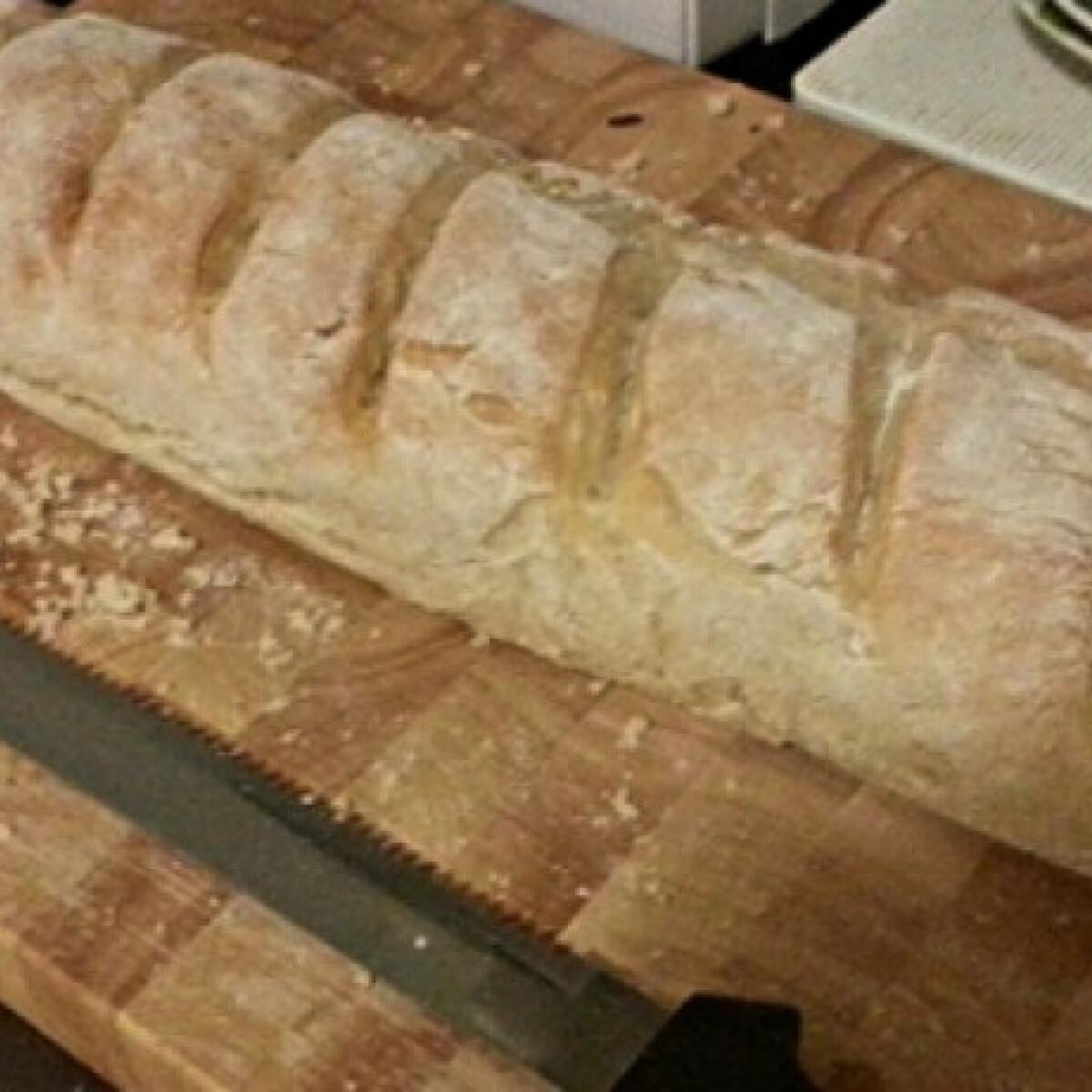 Ezen a képen: Baguette szanten konyhájából