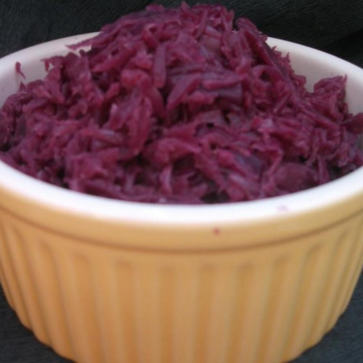 Ezen a képen: Párolt lilakáposzta Mercedes konyhájából