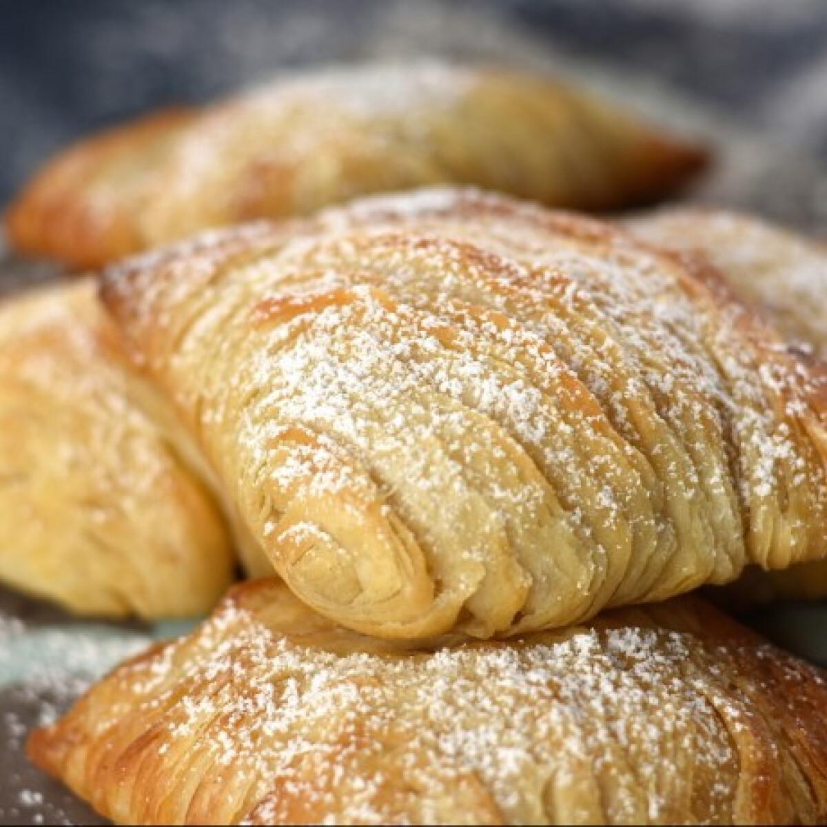 Ezen a képen: Sfogliatelle - ricottával töltött nápolyi süti
