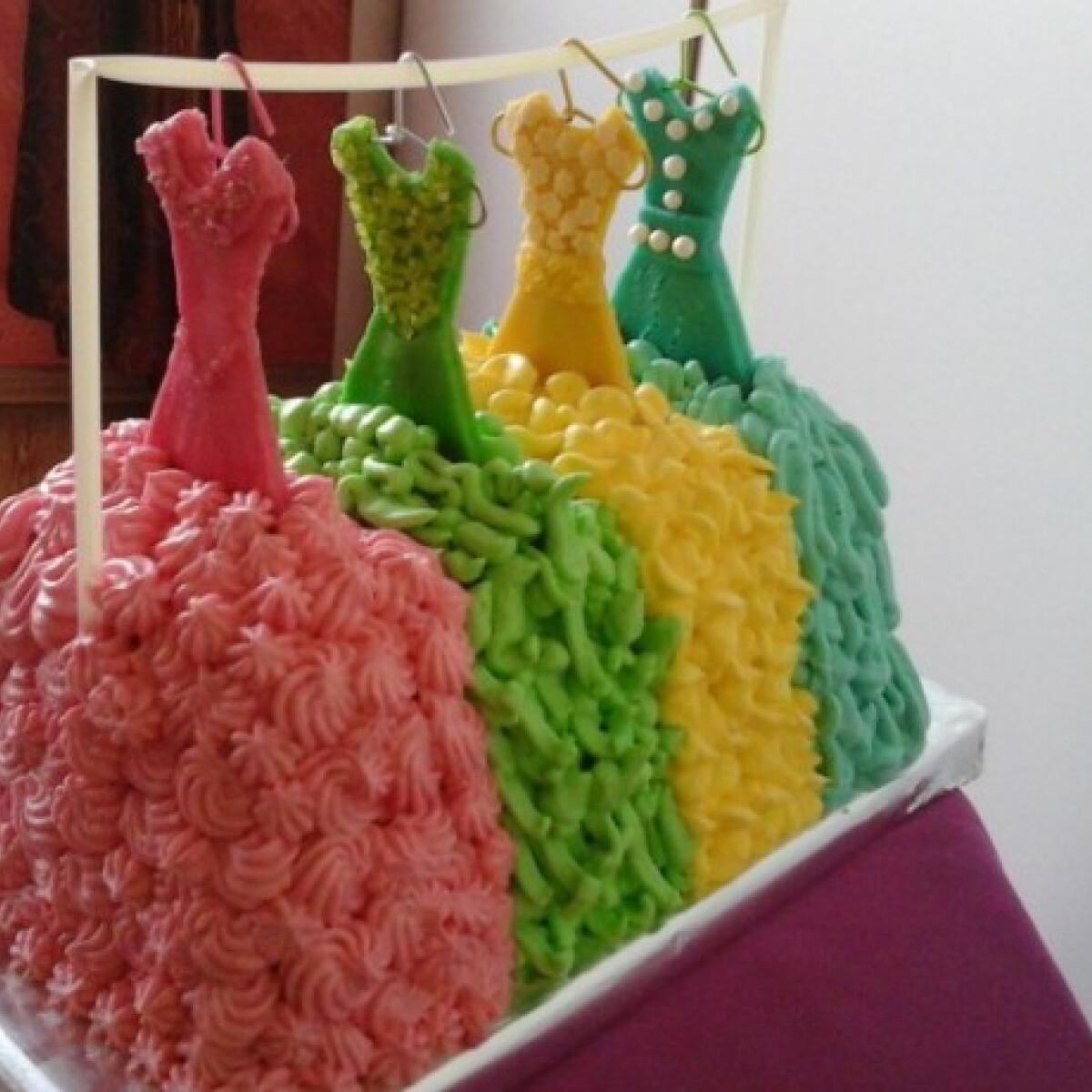 Ezen a képen: Ehető hercegnői ruhák