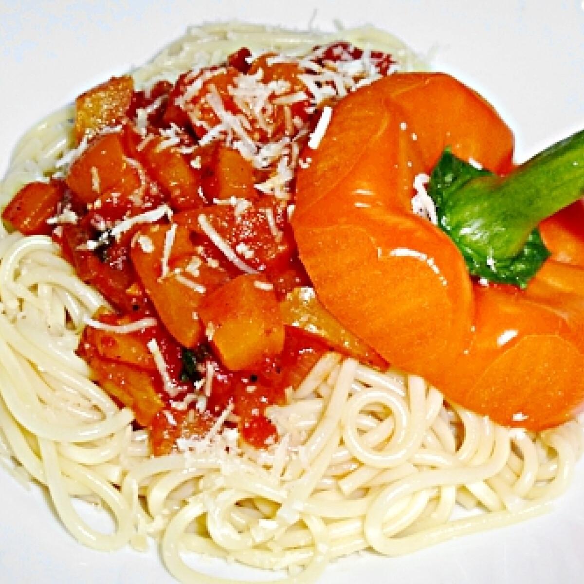Paprikás-paradicsomos spagetti Mártitól