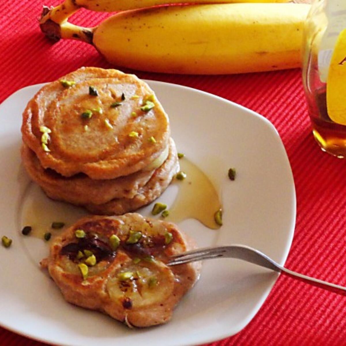 Ezen a képen: Banános amerikai palacsinta Glaser konyhájából