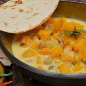 Sütőtökös curry