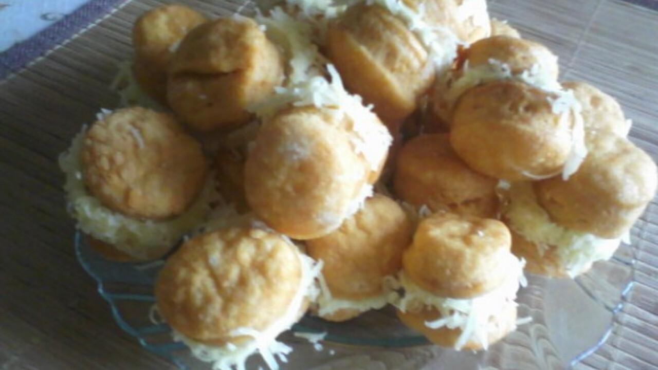 Tejszínes sajtkrémes pogácsa