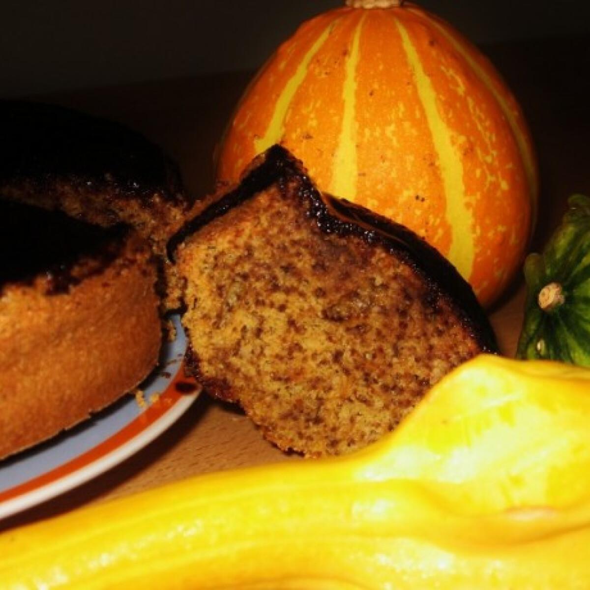 Ezen a képen: Sütőtökös koszorú