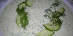 Joghurtos-kapros uborkaleves