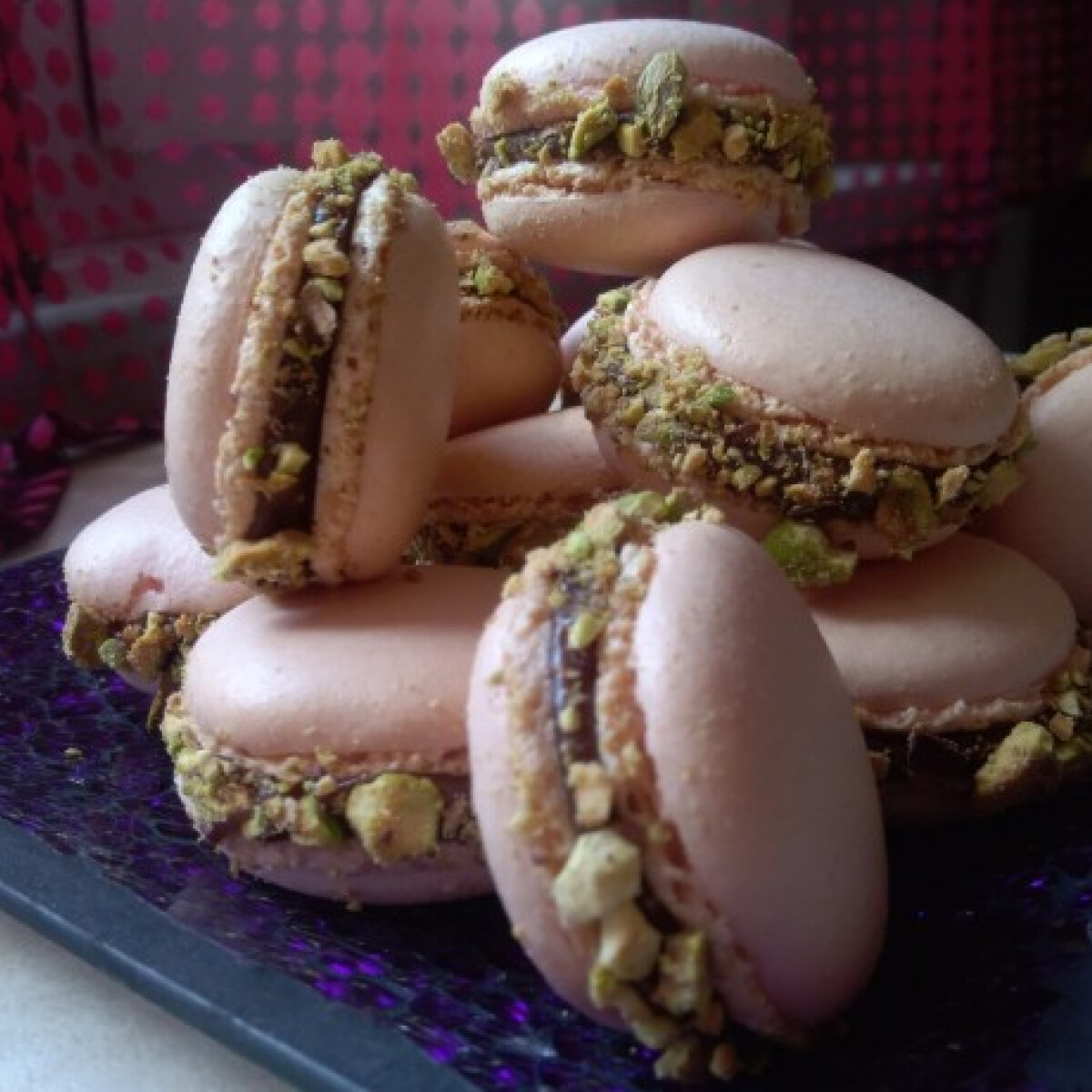 Ezen a képen: Csokis-pisztáciás macaron
