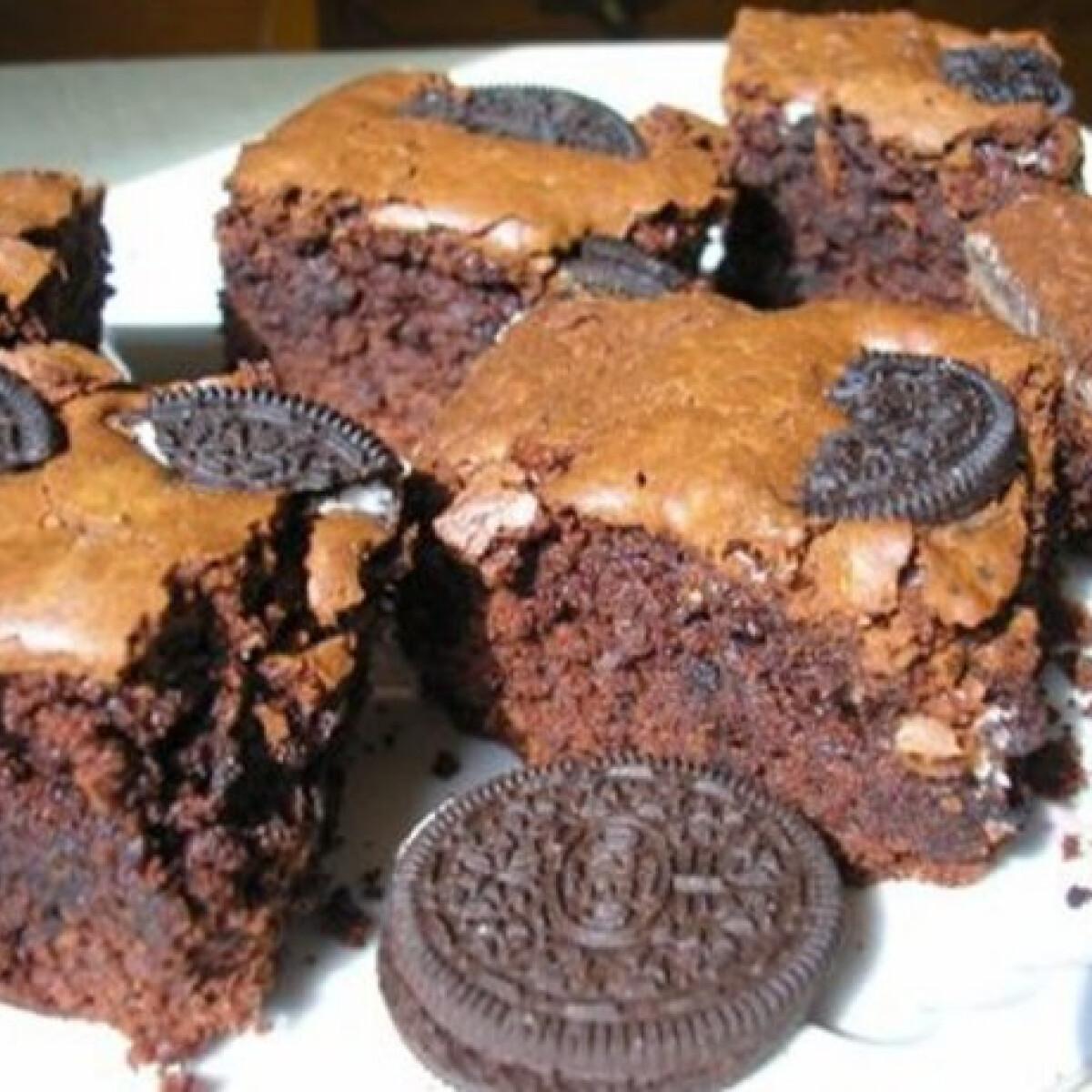 Ezen a képen: Csokis oreós brownie