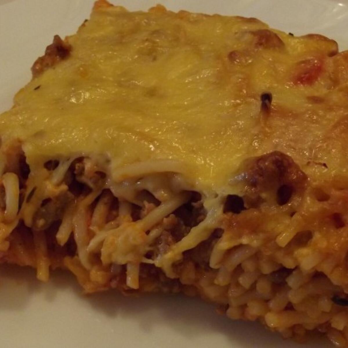Ezen a képen: Milánói spagetti másképp