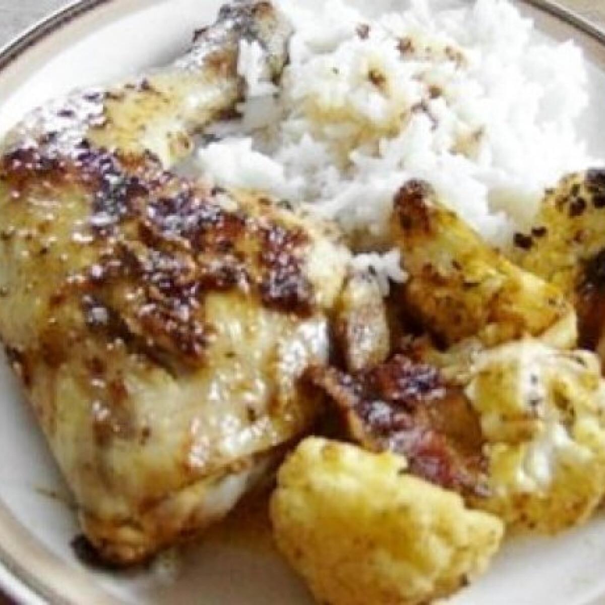 Ínyenc csirke fűszeres karfiollal