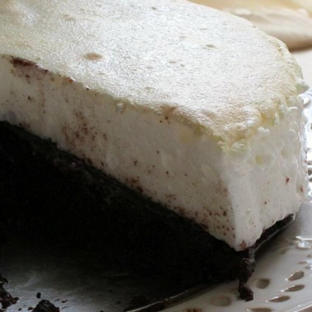 Ezen a képen: Csokis-habos sütemény
