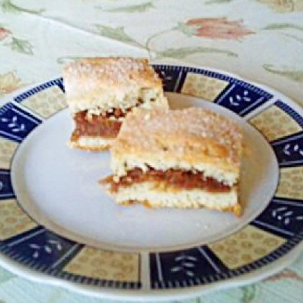 Ezen a képen: Cukros almás pite