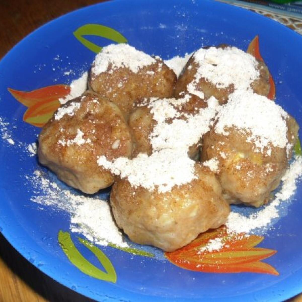 Ezen a képen: Almás gombóc helena konyhájából