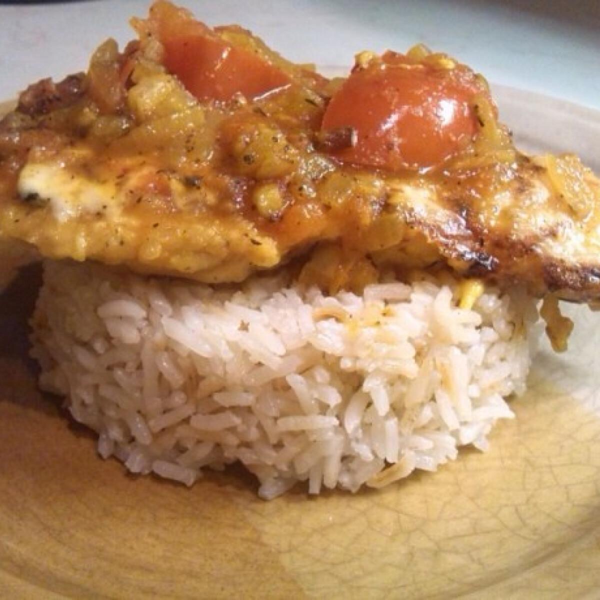 Ezen a képen: Sáfrányos olaszos csirke