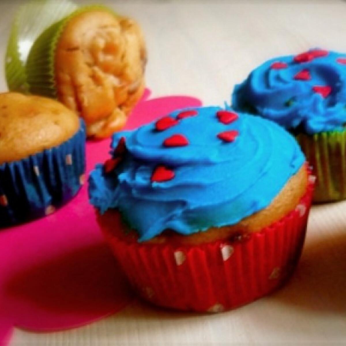Almás-szilvás muffin