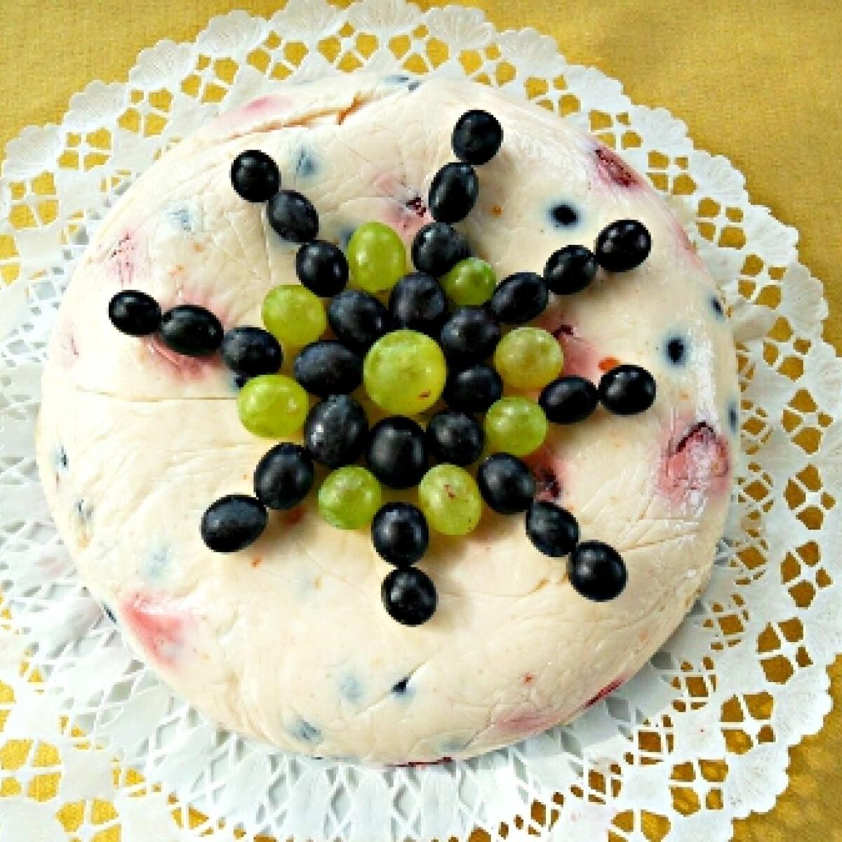 Gyümölcsös joghurtos édesség Csillától