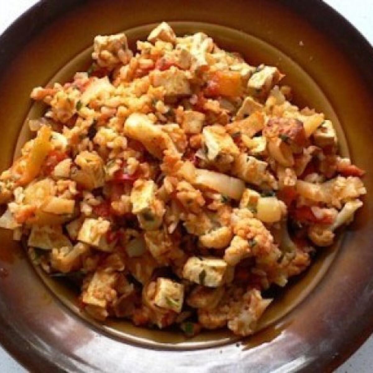 Lecsós-barna rizses tofu