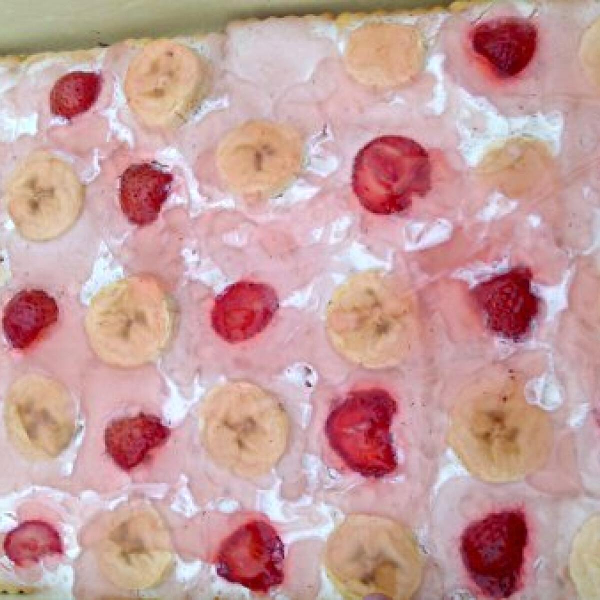 Ezen a képen: Rakott kekszes Nóri konyhájából