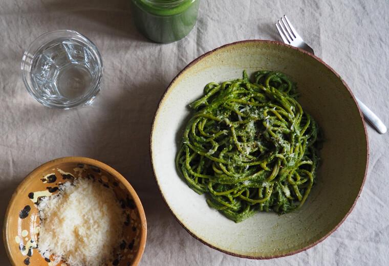 kremes-fodros-kel-pestos-spagetti