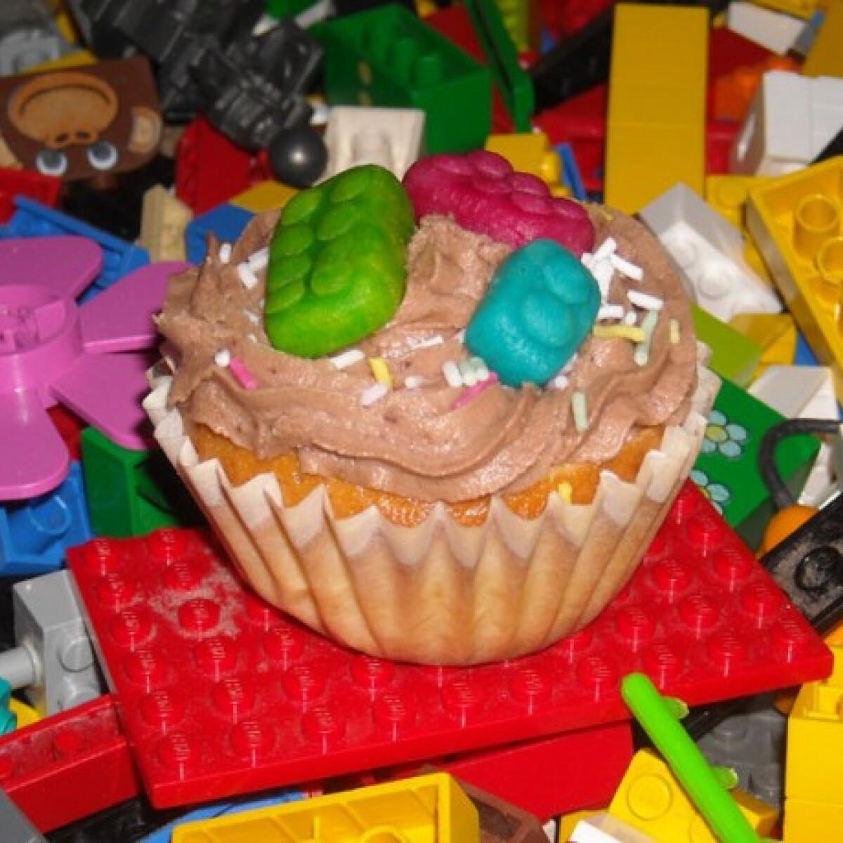 Ezen a képen: Lego muffin