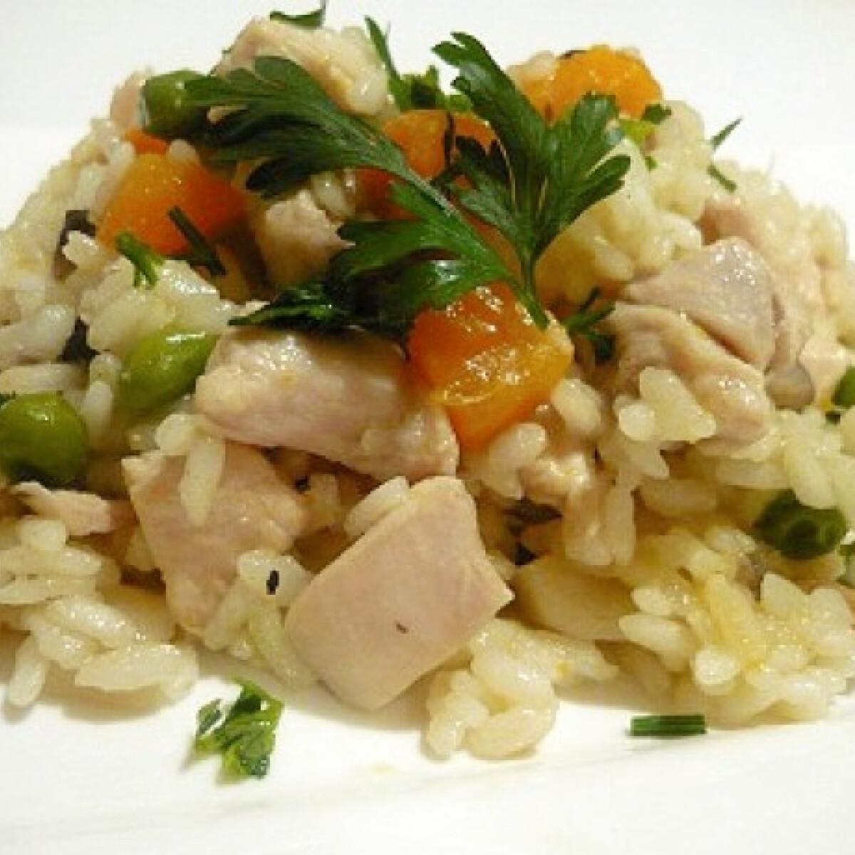Ezen a képen: Zöldséges rizses csirke