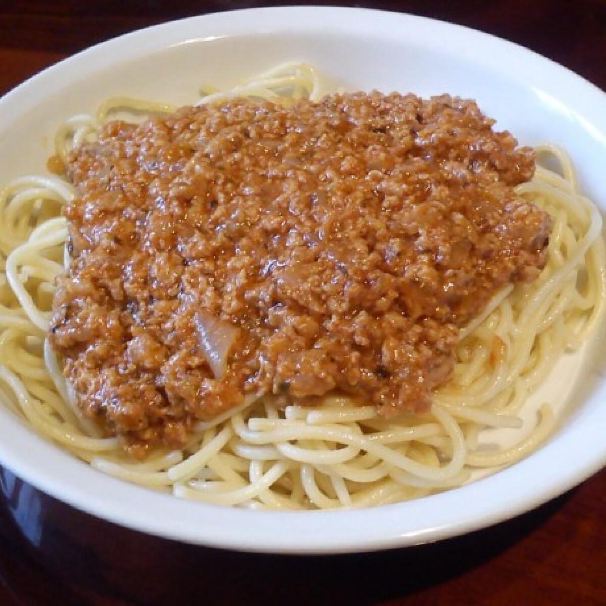 Ezen a képen: Bolognai spagetti Anett konyhájából
