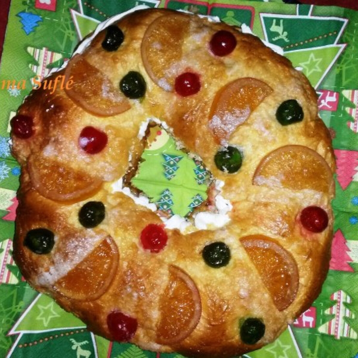 Ezen a képen: Hagyományos spanyol karácsonyi sütemény