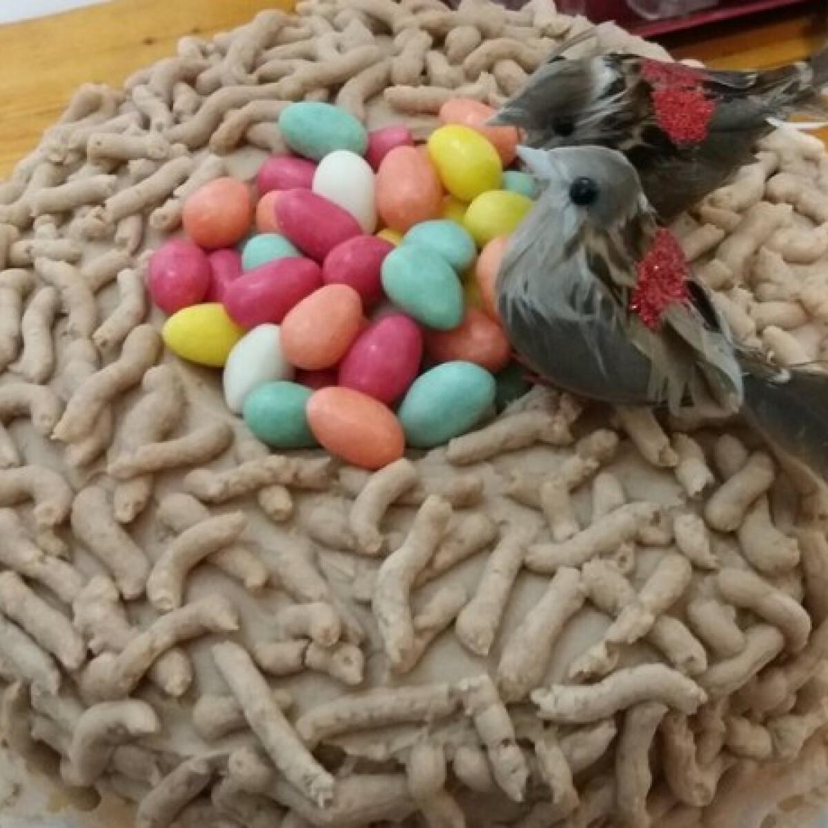 Madárfészek-torta