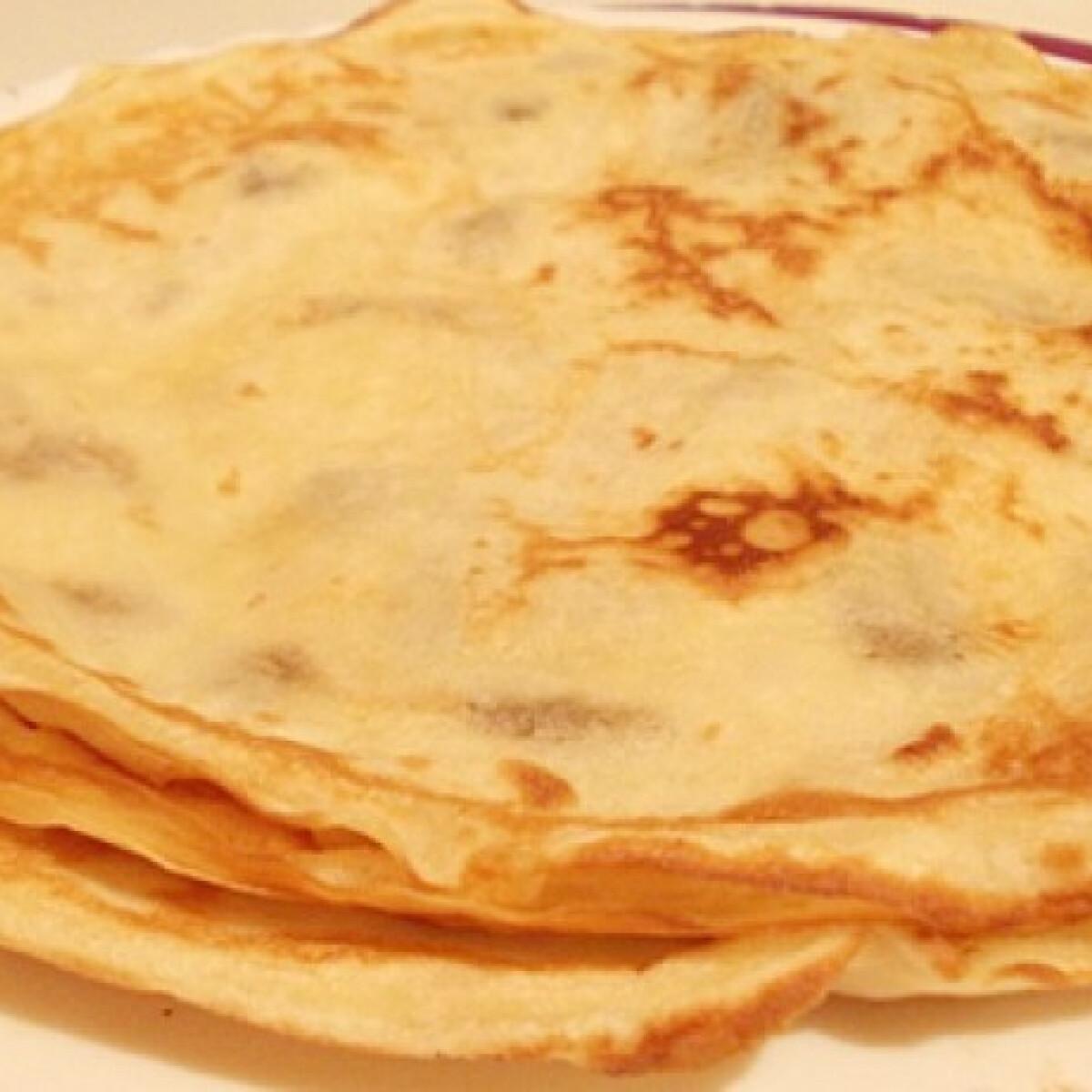 Ezen a képen: Palacsintatészta Puzsi konyhájából