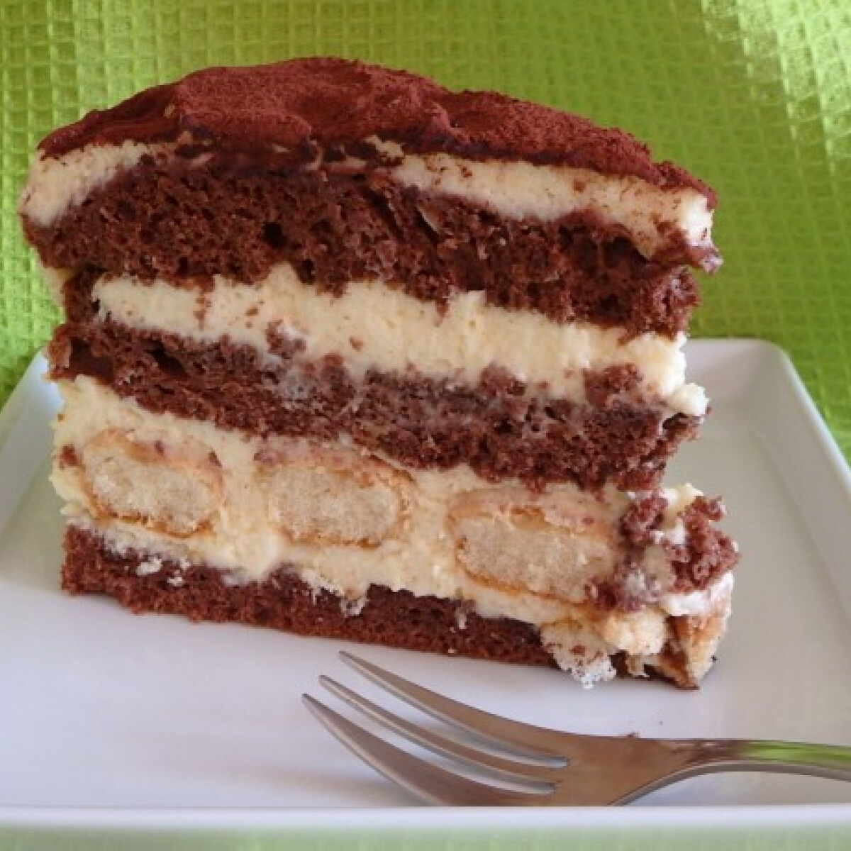 Ezen a képen: Tiramisu-torta Zsuzsamama konyhájából