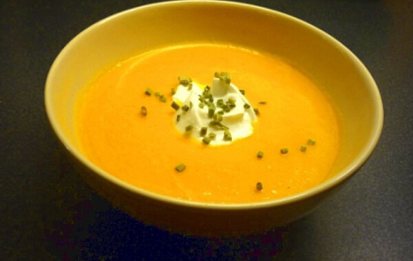 Gyömbéres sárgarépa leves Pimkie-től