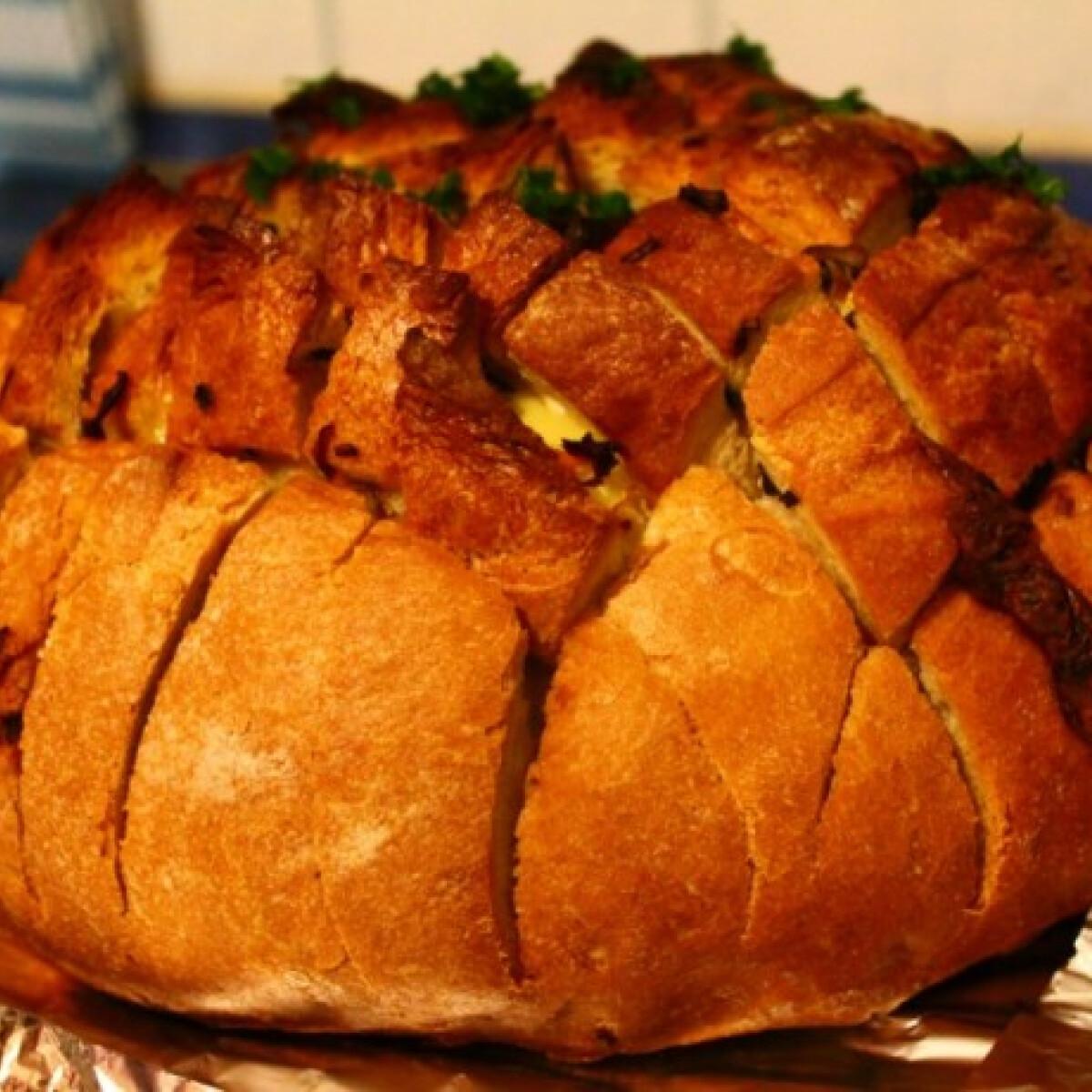 Ezen a képen: Töltött kenyér Jacqueline konyhájából